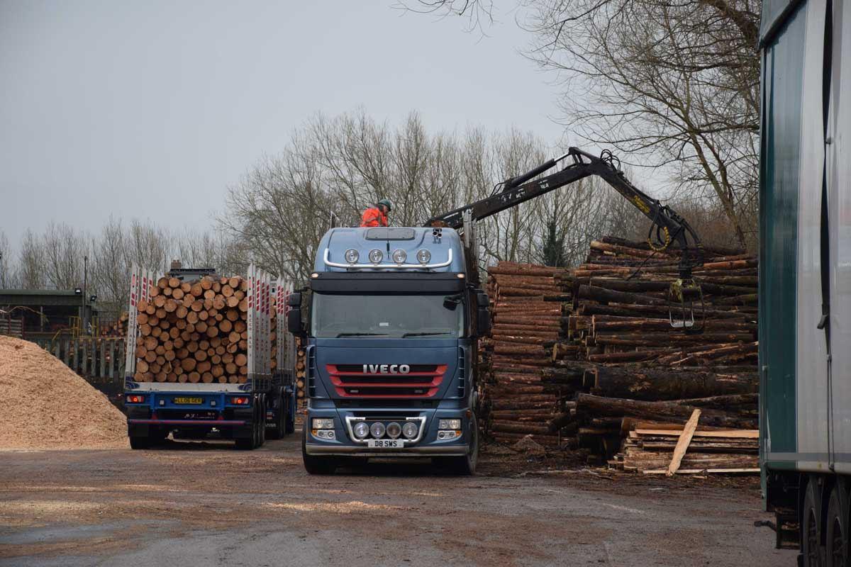 Clifford-Jones-Timber-Forest-Machine-Magazine-32-1