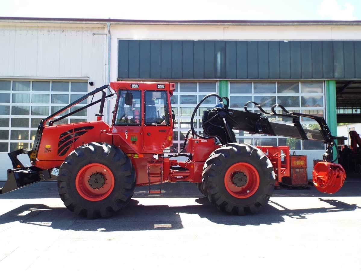 HSM-208F-12-tonne-forwarder-Forest-Machine-Magazine-8
