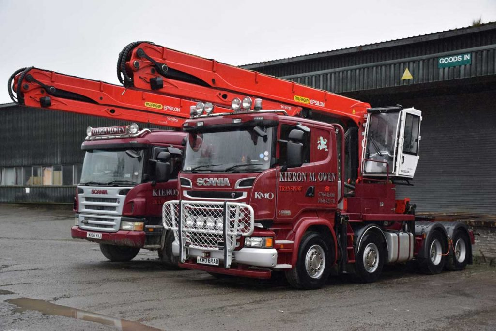 two Scania R580 with Palfinger 260L loaders