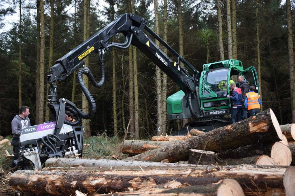 Neuson Forest 243 HVT levelling tracked harvester on working demo in Ireland