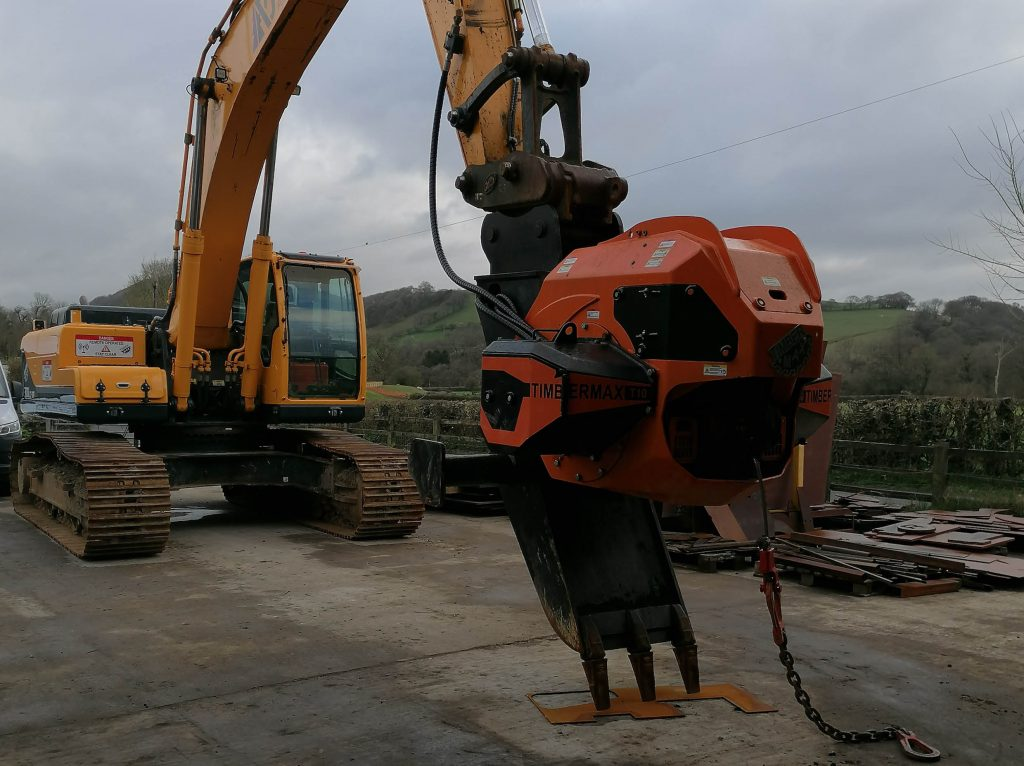 latest forestry equipment for sale - Hyundai 300LC-9A excavator  with new timbermax traction winch