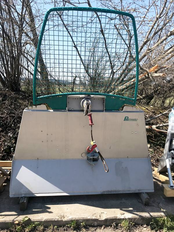 Pfanzelt professional three-point geared cable winch for sale