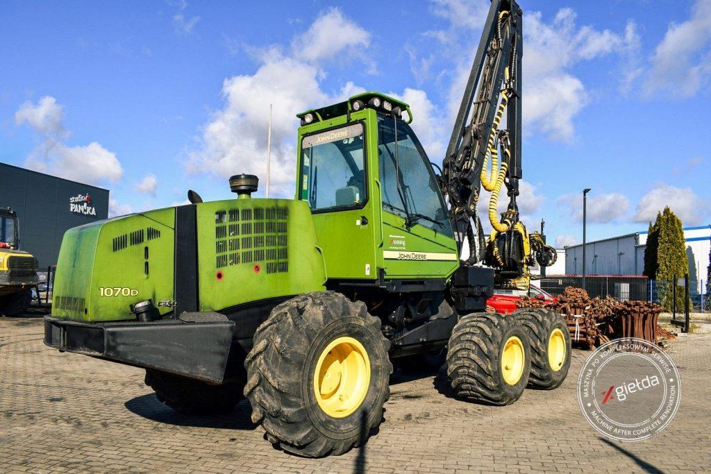 Harvester John Deere 1070D for sale