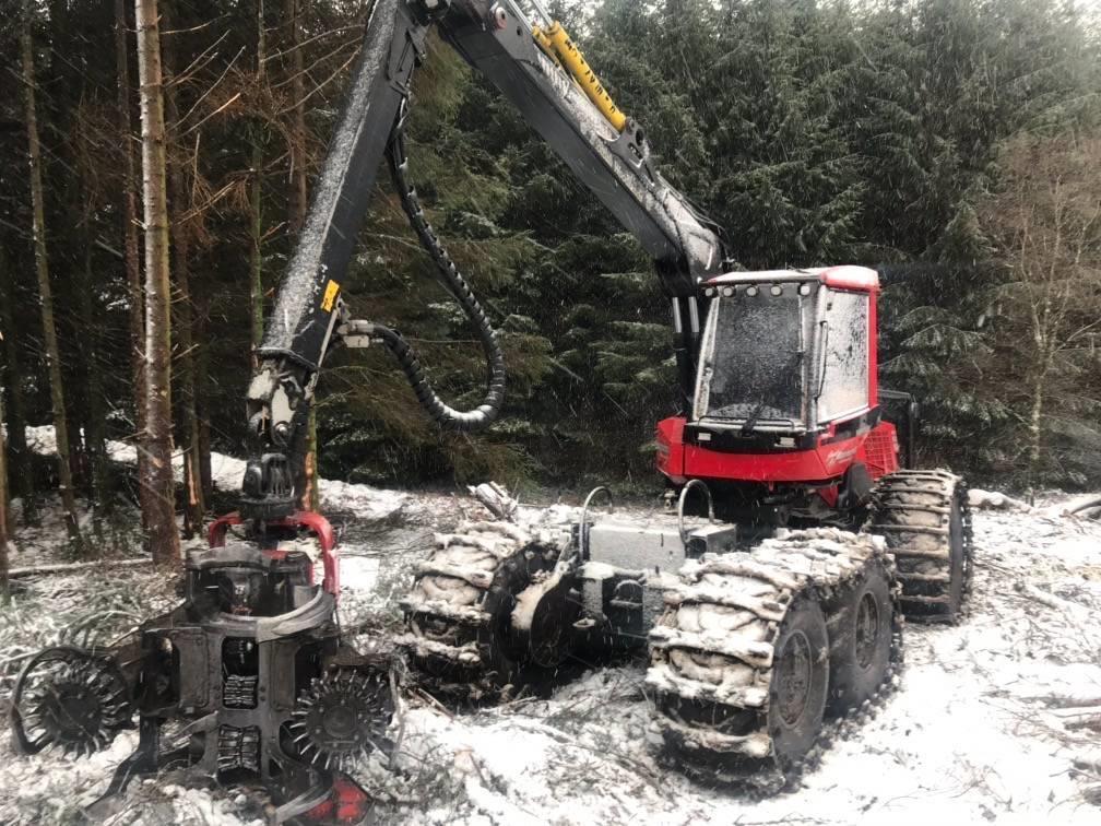 latest forestry equipment for sale - Komatsu 941.1,  Harvester