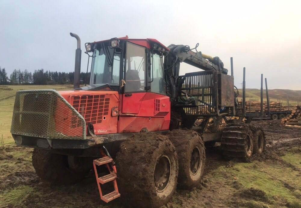 Valmet 890.3, - Used Forestry Machinery Equipment