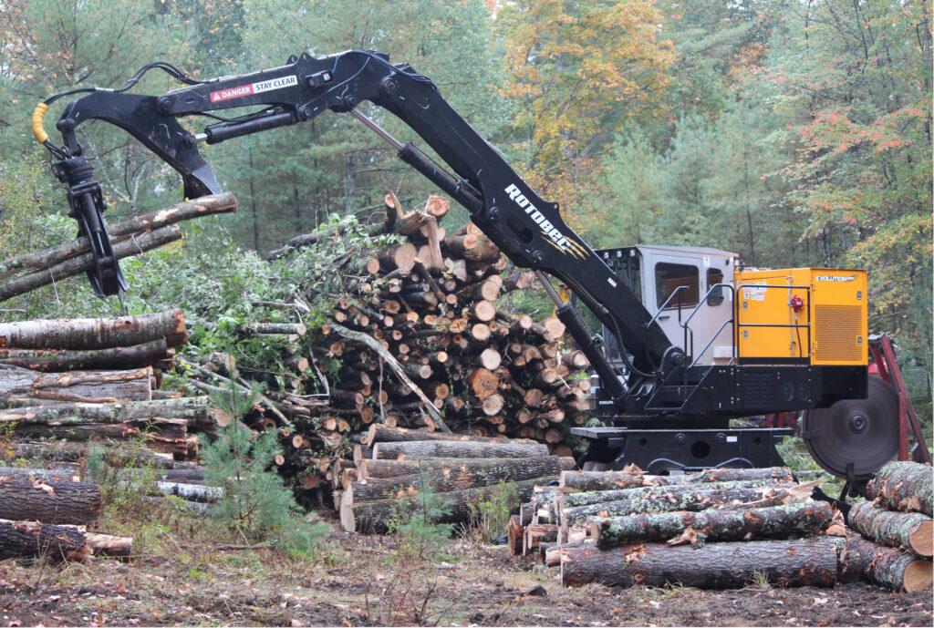 Eastman's new Rotbec Evolution 960 yard loader.