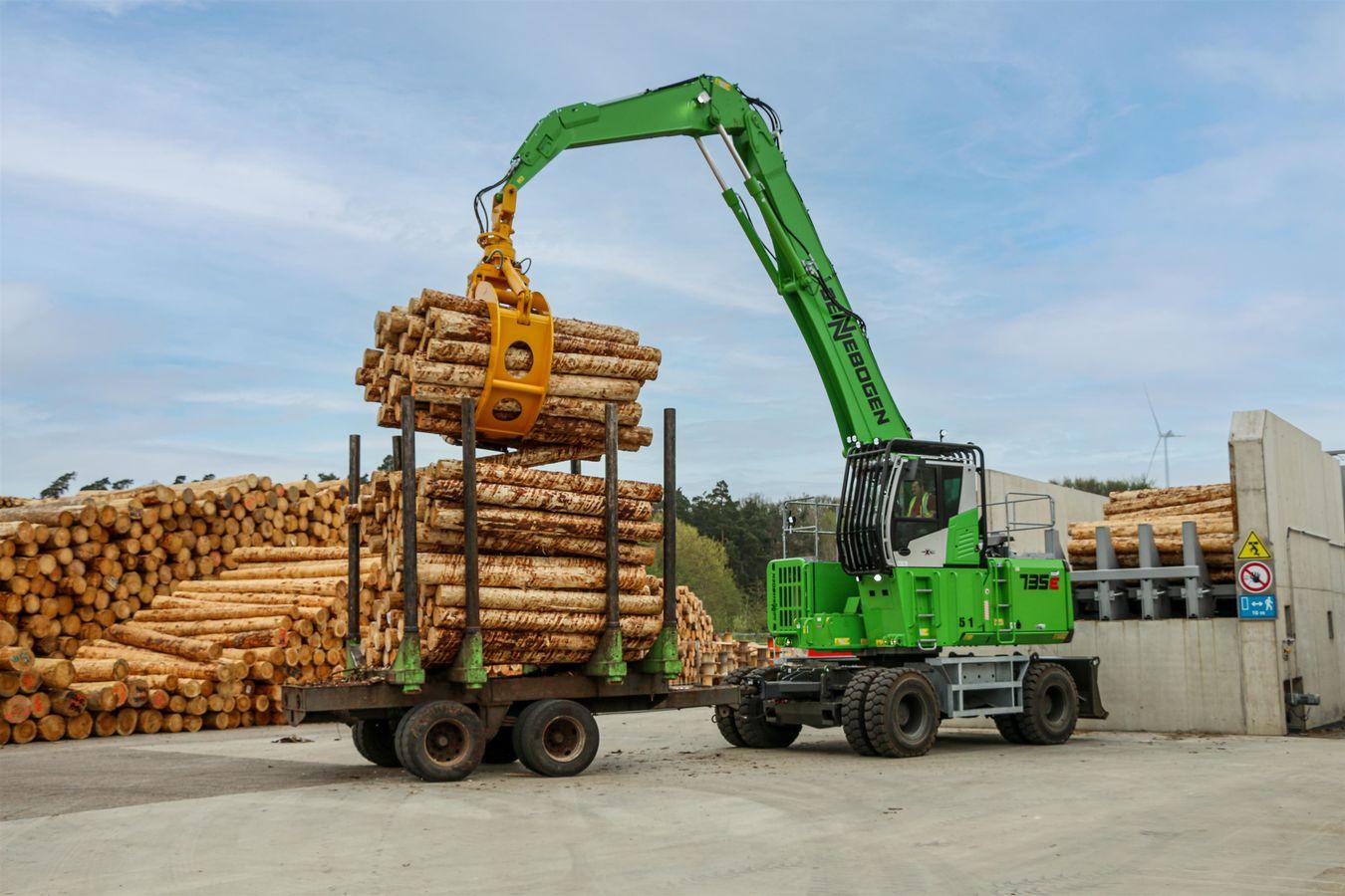 SENNEBOGEN timber handlers