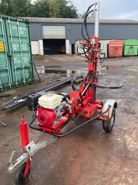 AMR 12 Tonne Road Tow Log Splitter with hydraulic Log lift.