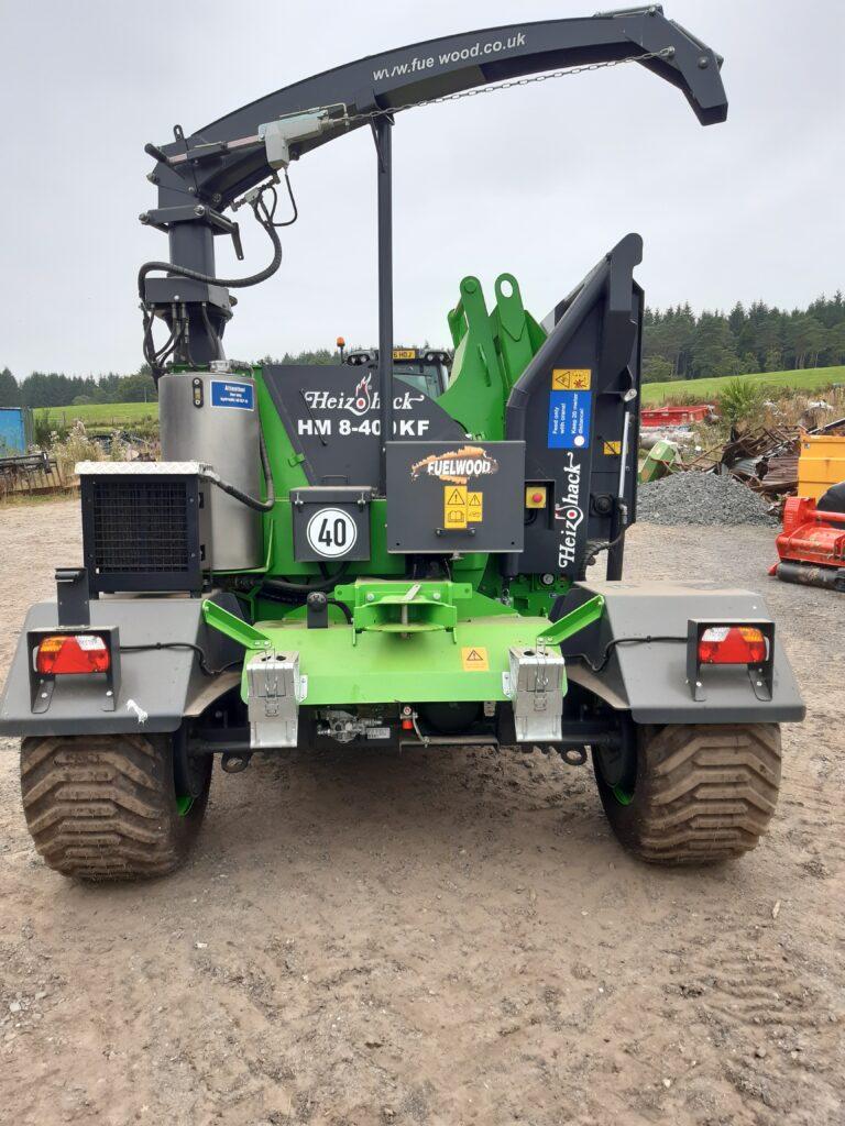 Heziohack HM8-400K, 2020 build, crane fed chipper