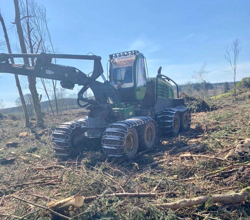 John Deere 1270g Timber Harvester