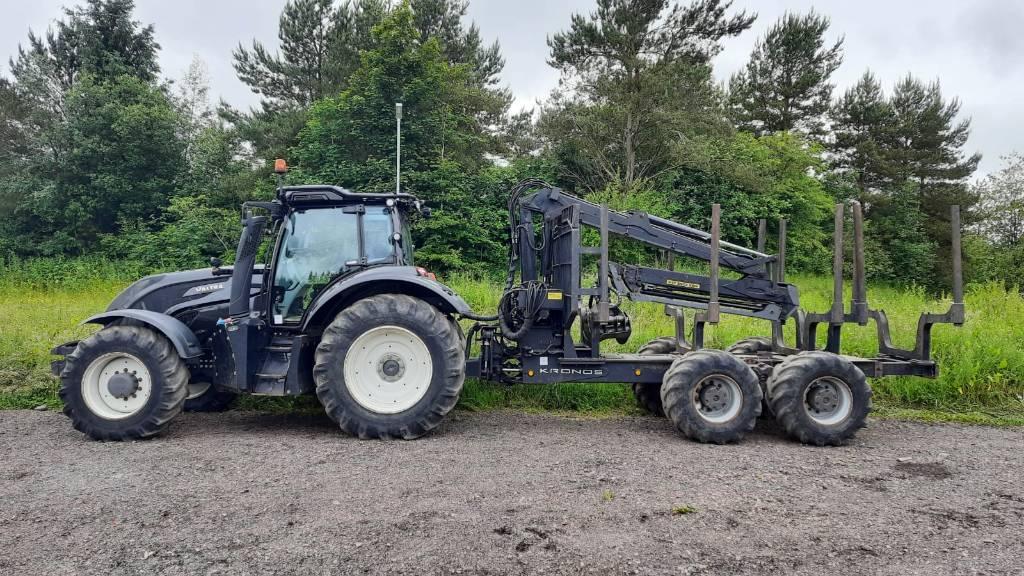 Machines For Sale - Valtra T174 TwinTrac + Kronos 140 4WD 8020L Trailer crane