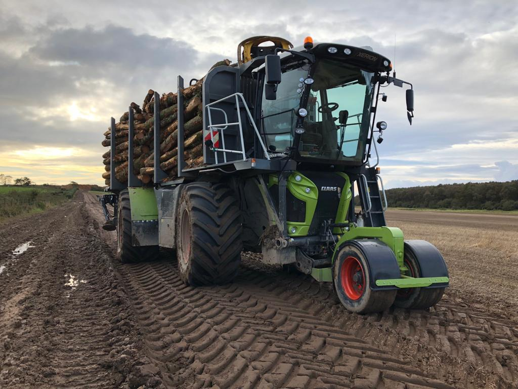 Howie Forestry Solutions - CLAAS Xerion converted by Adam / Kesla 2012T.